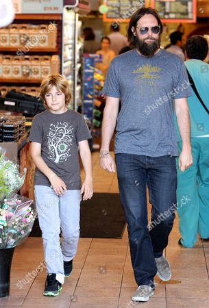 Stock Photo of Chris Robinson with son Ryder Russell Robinson