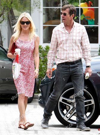 Stock Picture of Dennis Quaid and Kimberly Quaid