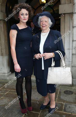 Stock Photo of Lady Mavis Hunt and granddaughter Tamara Thurman