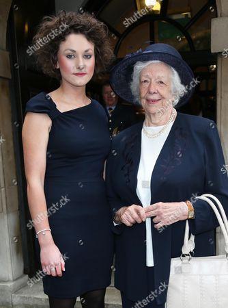 Lady Mavis Hunt and granddaughter Tamara Thurman