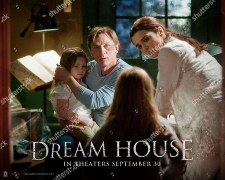 Stock Picture of DREAM HOUSE (2011) Claire Geare, Daniel Craig, Taylor Geare, Rachel Weisz