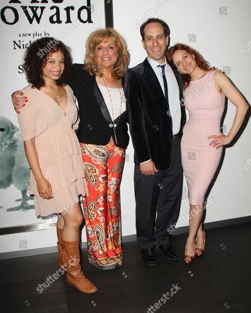 Stock Image of Michelle Beck, Caroline Aaron, Peter Grosz, Carla Gugino
