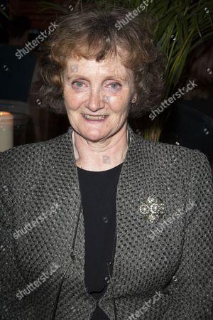 Gillian Hanna (Eileen Osbourne)