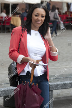 Kaya Hall Girlfriend Of Phil Jones Takes A Carriage Ride In The Centre Of Krakow Poland. - 13.06.12.
