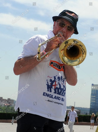 Bernie Clifton With The England Band After They Were Reunited With Their Instruments At The Donbass Arena Donetsk Ukraine. - 12.06.12.