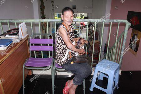 Stock Image of Ye with Niu Niu at the hospital