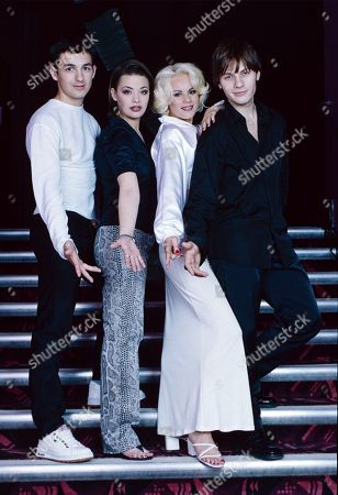 Deuce pop band performing with members Paul Holmes, Lisa Armstrong, Kelly O'Keefe and Craig Robert Young