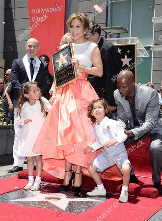 Pitbull, Jennifer Lopez, Keenan Ivory Wayans, Emme Anthony and Max Anthony