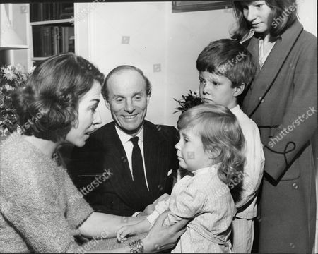 Charles Anthony Hugh Thellusson 8th Baron Rendlesham (1915oo1999) Whose Wife Clare Lady Rendlesham (dead February 1987) Was Editor Of Vogue Magazine During The 'swinging Sixties'.