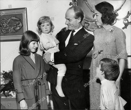 Charles Anthony Hugh Thellusson 8th Baron Rendlesham (1915oo1999) Whose Wife Clare Lady Rendlesham Was Editor Of Vogue Magazine During The 'swinging Sixties'. They Are Pictured At Home In Pelham Palace With Their Children.