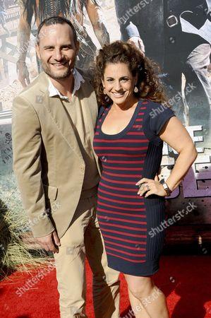 Marissa Jaret Winokur and husband Judah Miller