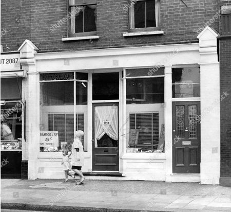 Hairdresser's Salon In Lower Richmond Road Where Pat Cooper Friend Of Suspected Train Robber Gordon Goody Worked. The Great Train Robbery - A Ii2.6 Million Train Robbery Committed On 8 August 1963 At Brideg Railway Bridge Ledburn Near Mentmore In Buckinghamshire England. The Gang Of Train Robbers Consisted Of 17 Full Members Who Were To Receive An Equal Share Including 15 People Who Were At The Actual Robbery And Two Key Informants. The Gang Of 15 Was Led By Bruce Reynolds And Assisted By Gordon Goody Charlie Wilson And Ronald 'buster' Edwards. Their Key Electronics Expert Was Roger Cordrey Who Was Already An Accomplished Train Robber. The Two Informants Who Brought The Idea To The Robbers' Attention Were Solicitor's Clerk Brian Field And A Man Known As The 'ulsterman' Who Has Never Been Identified. The Best Known Member Of The Gang Ronnie Biggs Had Only A Minor Role Which Was To Recruit The Replacement Train Driver A Man Known Variously As 'old Pete' Or 'stan Agate'.