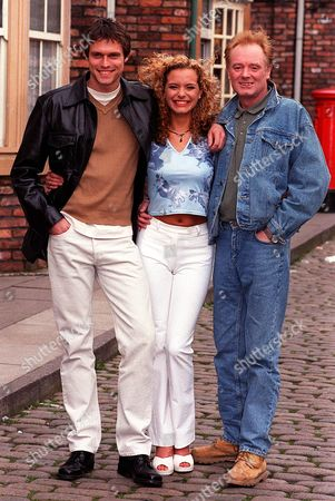 Actor Stephen Billington With Tracy Shaw And Bruce Jones His Co Stars In Tv Programme Coronation Street. Stephen Plays Greg Kelly Son Of Les Battersby (jones) Who Turns Up Out Of The Blue - And Makes A Beeline For Maxine Peacock (played By Actress Tracy Shaw).