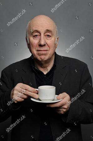 Prestatyn United Kingdom : English Stand-up Comedian And Actor Norman Lovett