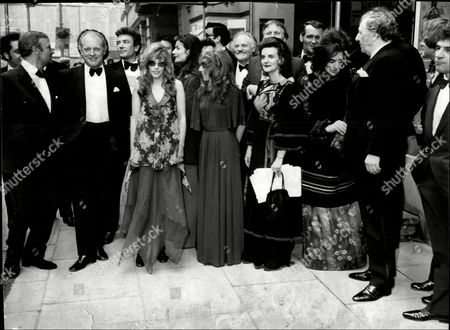 Fund Raising Dinner At Manchester's Piccadilly Hotel For The Royal Exchange Theatre In Manchester L-r Edward Woodward Frank Windsor Albert Finney Coral Atkins Anouk Aimee Polly James Rosalind Knight Patrick Allen Eleanor Bron And Rupert Davies.