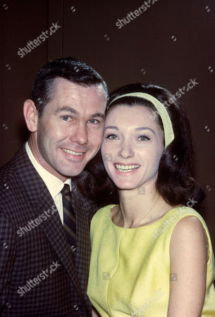 Stock Photo of JOHNNY CARSON AND WIFE, JOANNE
