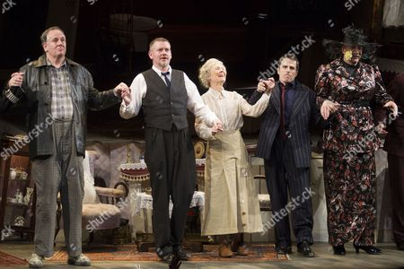 Chris McCalphy (One Round), John Gordon Sinclair (Professor Marcus), Angela Thorne (Mrs Wilberforce), Con O'Neill (Louis) and Simon Day (Major Courtney)