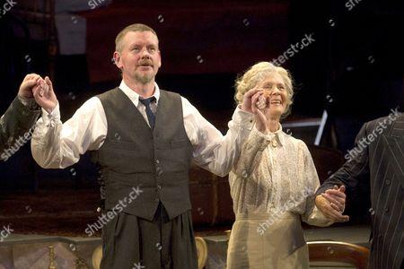 Stock Photo of John Gordon Sinclair (Professor Marcus) and Angela Thorne (Mrs Wilberforce)