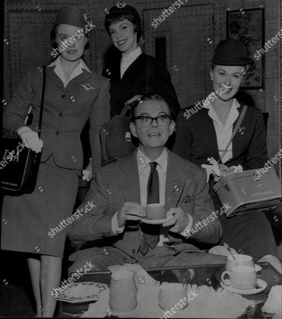 Julia Arnall Is An Austrian Actress (right) Elisabeth Murray (left) And Andree Murray (centre) And Actor David Tomlinson In Play 'boeing Boeing' At Leeds Grand Theatre.