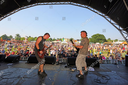 """Stock Photo of Steve Leonard and Rob """"Pacey"""" Prestage of Faith n Fury performing at the Danson Festival, Bexleyheath, London"""