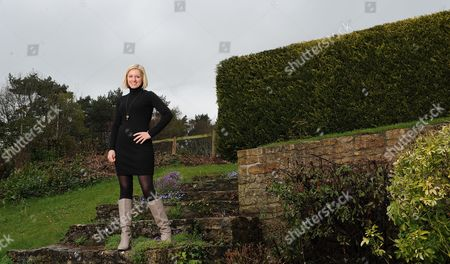 Rebecca Lowe Espn Football Television Presenter At Home In Wiltshire. Interview By Laura Williamson