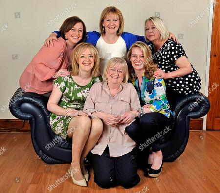 15.5.12: For Features The BBC's Winifred Robinson With Her Sisters At Their Fathers Home In The Old Swan District Of Liverpool Merseyside. (l To R Top Row) Gina 48 Ann 56 And Stella Robinson 58. (l To R Front Row) Winifred 54 Mary 59 And Claire Robinson 39.