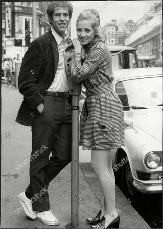 Editorial photo of Actor Tony Roberts Anthony Roberts With Actress Betty Buckley David Anthony 'tony' Roberts (born October 22 1939) Is An American Actor. He Is Best Known For His Roles In Several Woody Allen Movies Usually Cast As Allen's Best Friend.