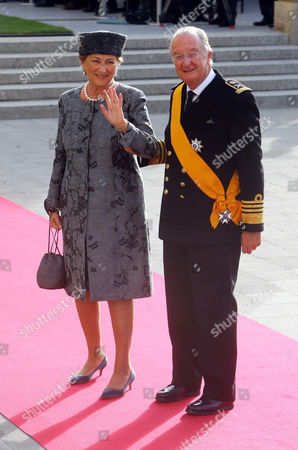 The wedding of Countess Stephanie de Lannoy and Prince Guillaume at the Church of Notre Dame, Luxembourg - Queen Paola and King Albert II