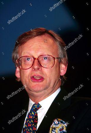 JOHN SELWYN GUMMER 1996