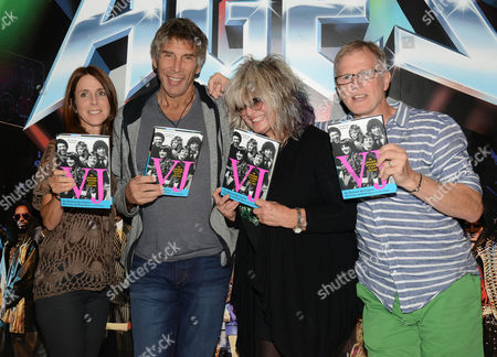 Martha Quinn, Mark Goodman, Nina Blackwood and Alan Hunter