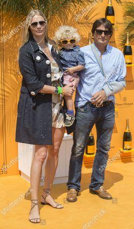 Jodie Kidd, Andrea Vianini and son Indio