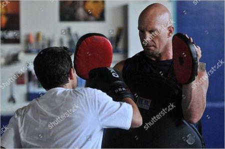 Knockout - Daniel Magder, Stone Cold Steve Austin
