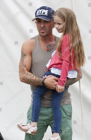 Terry Coldwell with daughter