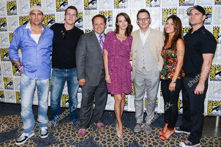 Jim Caviezel, producer Jonathan Nolan, guest, actors Kevin Chapman, Amy Acker, Michael Emerson, Sarah Shahi and executive producer Greg Plageman