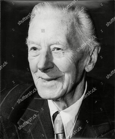Ernest Thesiger Cbe (15 January 1879 - 14 January 1961) Was An English Stage And Film Actor. He Is Best Remembered For His Performance As Dr. Septimus Pretorius In James Whale's Film Bride Of Frankenstein (1935).