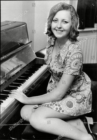 Julie Robinson Daughter Of Comedian Cardew Robinson Douglas John Cardew Robinson (14 August 1917 Oo 28 December 1992) Was A British Comic Whose Craft Was Rooted In The Music Hall And Gang Shows.