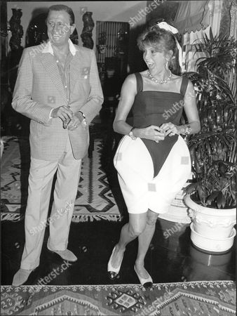 Baron Heinrich Thyssen With Wife Baroness Carmen Thyssen In Marbella Hans Henrik (hans Heinrich 'heini') Oogost Gabor Tasso Thyssen-bornemisza De Kaszon (13 April 1921 Oo 26 April 2002) A Noted Industrialist And Art Collector Was A Dutch-born Swiss Citizen With A Hungarian Title A Legal Resident Of Monaco For Tax Purposes With A Declared Second Residency In The United Kingdom But In Actuality A Long-time Resident Of Spain And Son Of A German Father And A Hungarian And English American Mother (related To Daniel M. Frost And John Kerry). His Fifth And Last Wife Carmen 'tita' Cervera Is A Former Miss Spain.