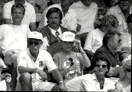 Former Tennis Player Tony Roche And Samantha Frankel Watch Lendl At Wimbledon Anthony 'tony' Dalton Roche (born 17 May 1945) Is A Former Professional Australian Tennis Player Native Of Tarcutta. He Played Junior Tennis In The New South Wales Regional City Of Wagga Wagga.[2] He Won One Grand Slam Singles Title And Thirteen Grand Slam Doubles Titles And Was Ranked As High As World No. 2 By Lance Tingay Of The Daily Telegraph In 1969.[1] He Also Coached Multi-grand Slam Winning World No. 1s Ivan Lendl Patrick Rafter Roger Federer Lleyton Hewitt And Former World No. 4 Jelena Doki?.