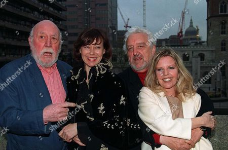 Stock Photo of LIONEL JEFFRIES, Jenny Agutter, Bernard Cribbins AND SALLY THOMSETT