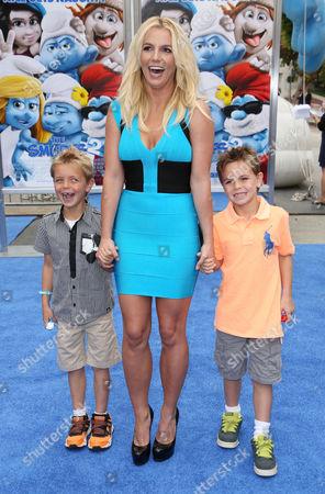 Britney Spears with her sons Sean Preston and Jayden Federline