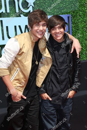Stock Picture of Austin Mahone and Alex Constancio