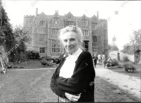 Stock Picture of The Filming Of The Television Programme Scoop With Gwen Nelson.