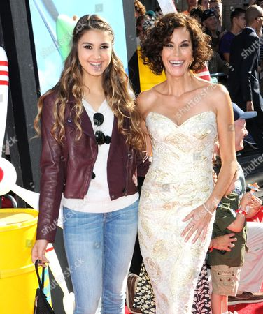 Stock Photo of Teri Hatcher with daughter Emerson Rose Tenney