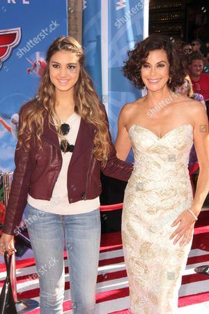 Stock Picture of Teri Hatcher with daughter Emerson Rose Tenney