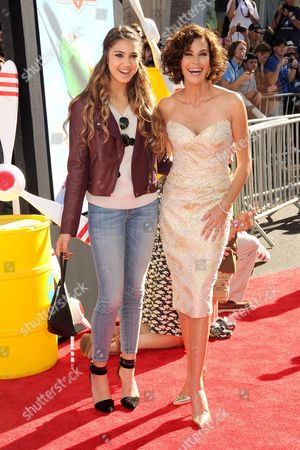 Teri Hatcher with daughter Emerson Rose Tenney