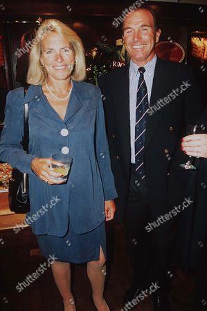 Stock Photo of CAPTAIN MARK PHILLIPS AND WIFE SANDY PFLUEGER