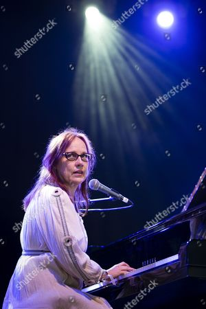 Stock Picture of Iris DeMent