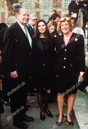 Editorial picture of SIR JAMES GOLDSMITH MEMORIAL SERVICE - NOV 1997