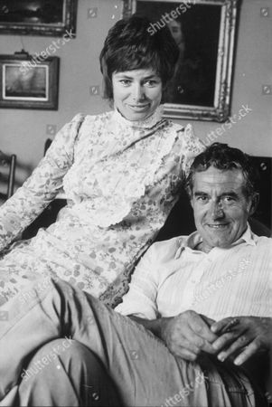 DONALD HEWLETT AND WIFE