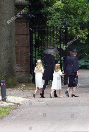 Princess Mabel, Princess Beatrix, Countess Luana and Countess Zaria